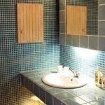 洗面所のタイルのおしゃれなおすすめや張替の施工例!
