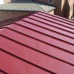 トタン屋根の張り方や張替え費用とDIYの注意点!結露防止や台風対策も