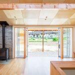 リビングのリフォームで窓の大きさや高さの注意点!断熱性が高い商品は?