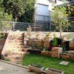 庭への階段でレンガやブロックや石での作り方! DIYの注意点も